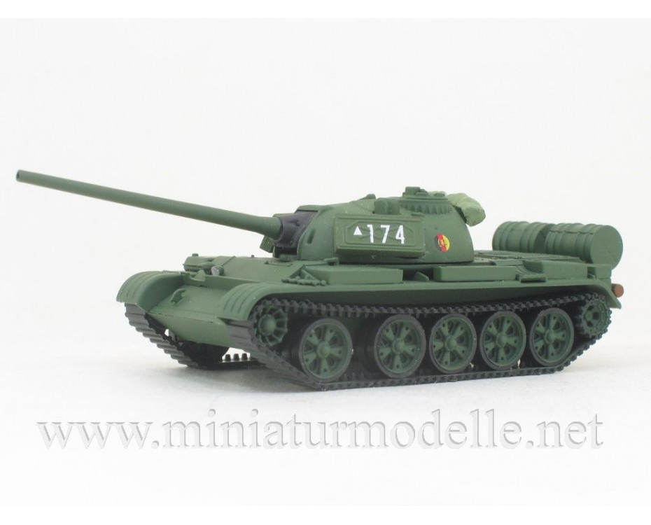 H0 1:87 T-54 Main battle tank NVA, military