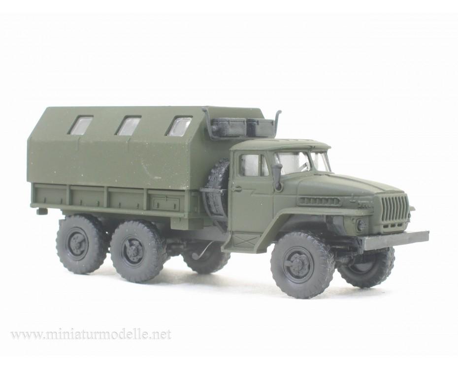 H0 1:87 URAL 4320 maintenance workshop, military