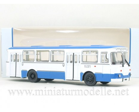 1:43 LIAZ 677 M bus white / blue