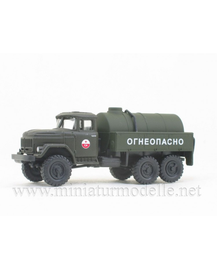 H0 1:87 ZIL 131 tanker, CA military