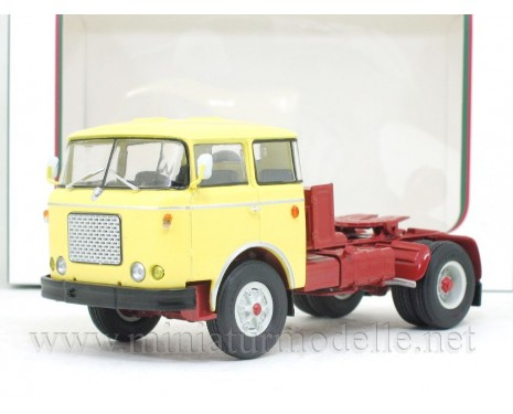 1:43 Skoda 706 MTTN tractor unit, yellow