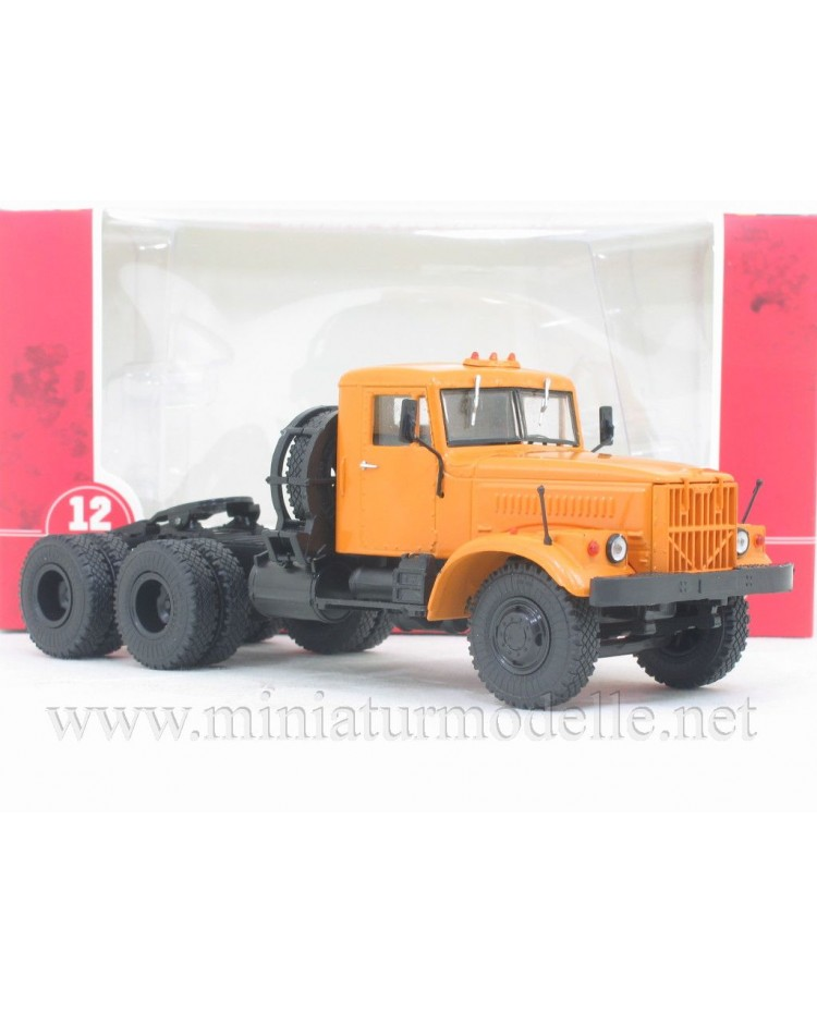 1:43 KRAZ 258 B1 tractor unit civil