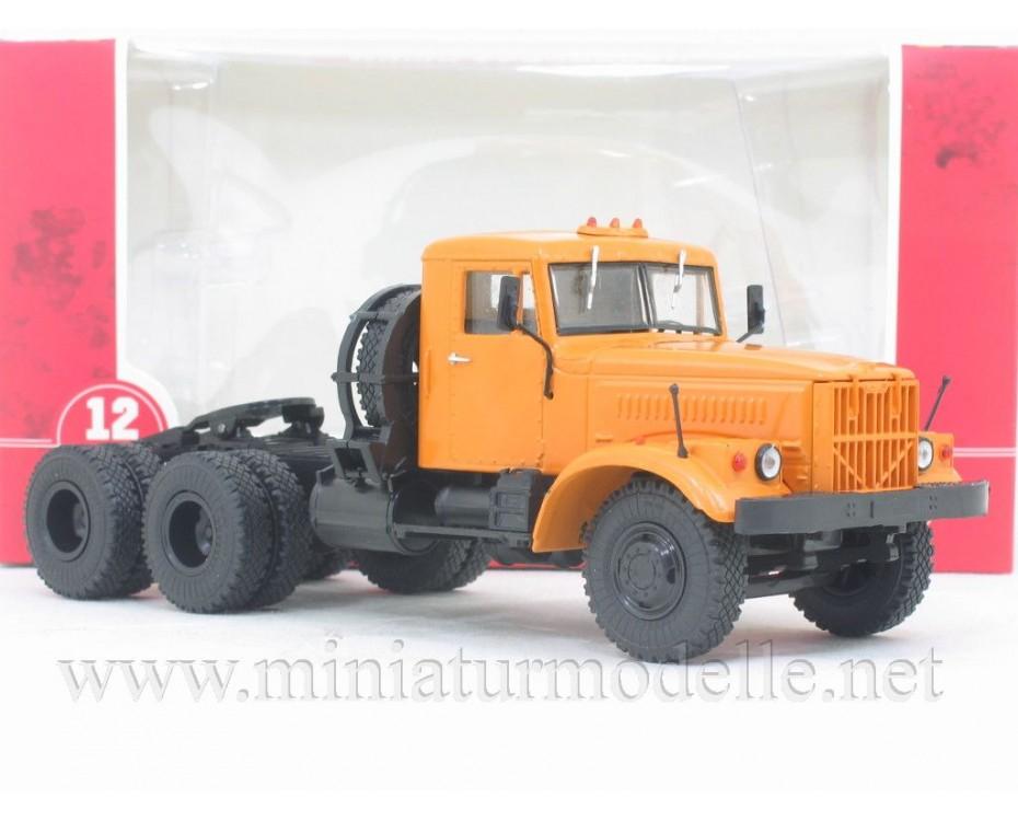 1:43 KRAZ 258 B1 tractor unit civil
