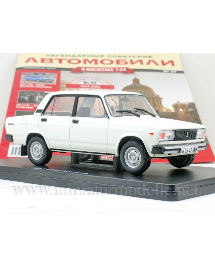 1:24 VAZ 2105 Lada Riva with magazine #57