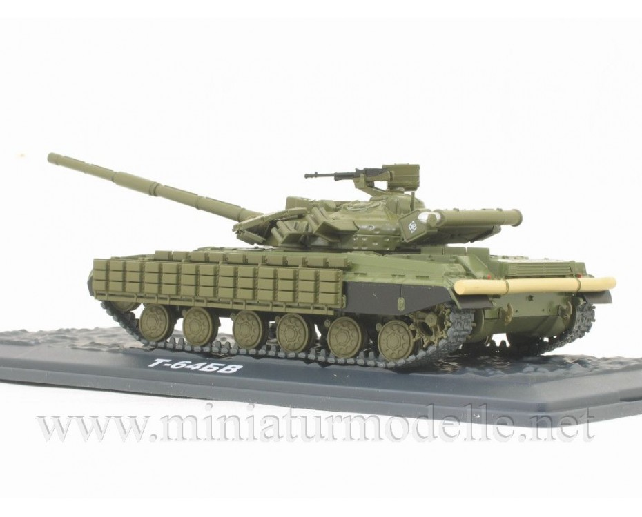 1:43 T 64 BV main battle tank with magazine #36