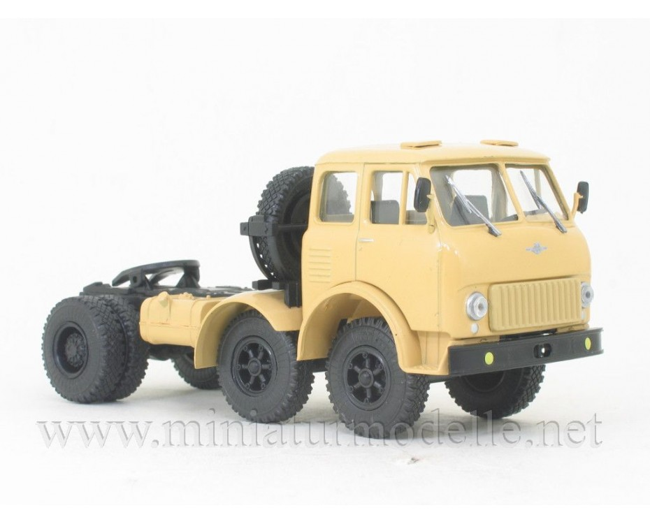 1:43 MAZ 520 tractor unit with magazine #29,  Modimio Collections by www.miniaturmodelle.net