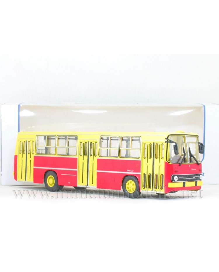1:43 IKARUS 260 Bus yellow - red