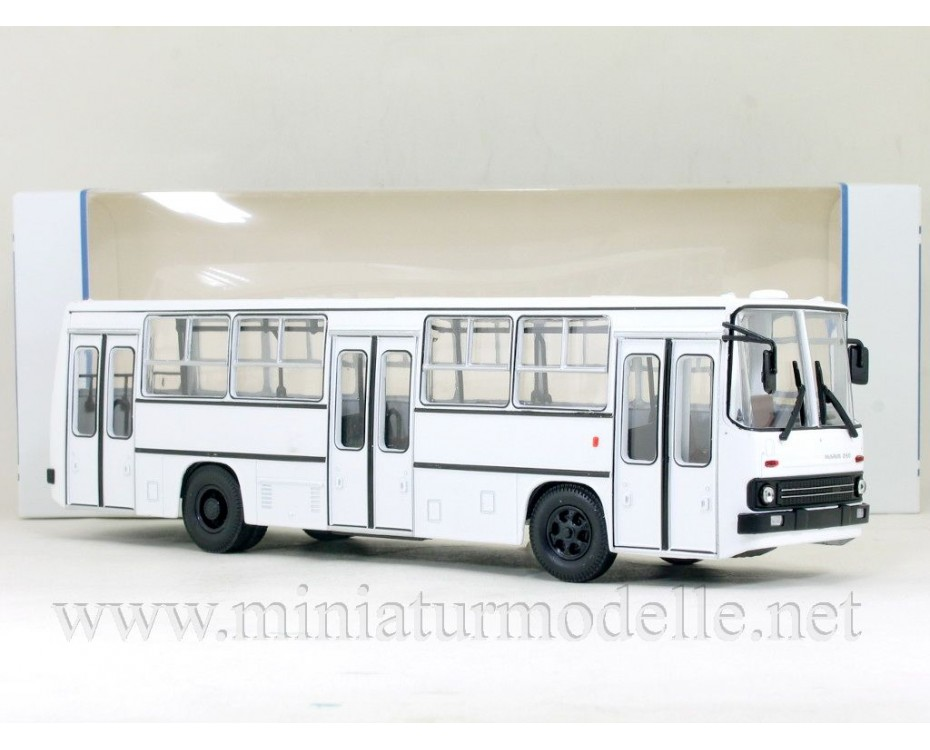 1:43 IKARUS 260 Bus with wide doors white, 900216, Soviet Bus - SOVA by www.miniaturmodelle.net