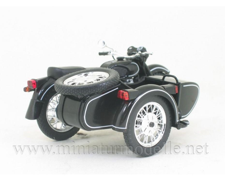 1:24 MT 11 Dnepr Motorcycle with sidecar and magazine #3,  De Agostini by www.miniaturmodelle.net