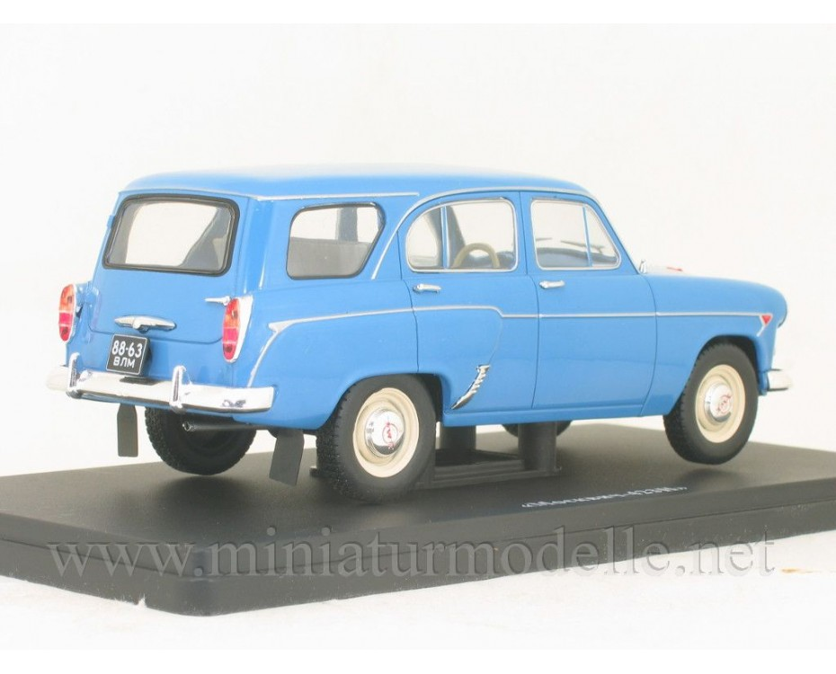 1:24 Moskvitch 423 N with magazine #81,  Hachette by www.miniaturmodelle.net