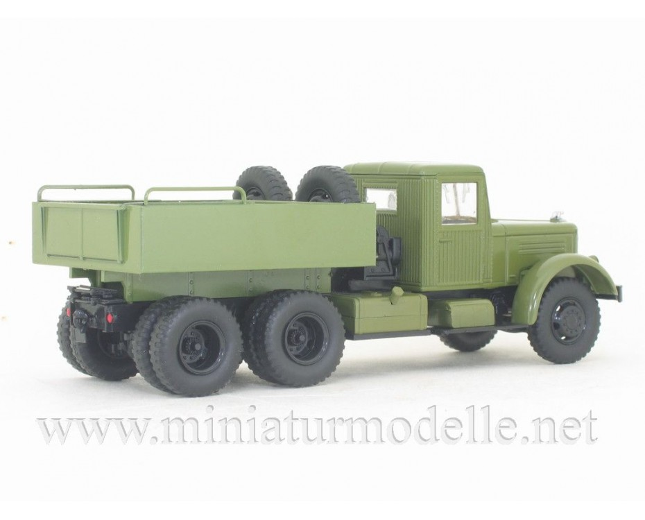 1:43 YaAZ 210 G ballast tractor military with magazine #40,  Modimio Collections by www.miniaturmodelle.net