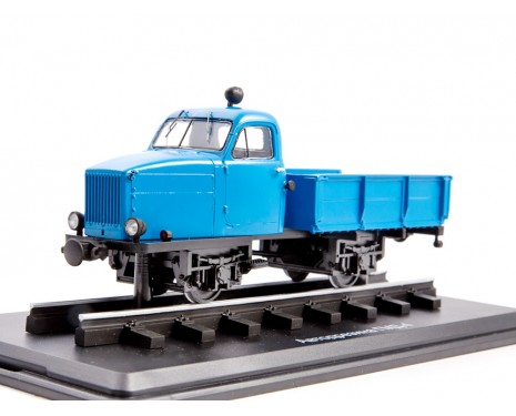 1:43 GMD 4 narrow gauge motorized draisine, small batches model