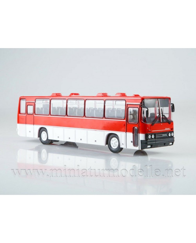 1:43 IKARUS 250.59 bus with magazine #18