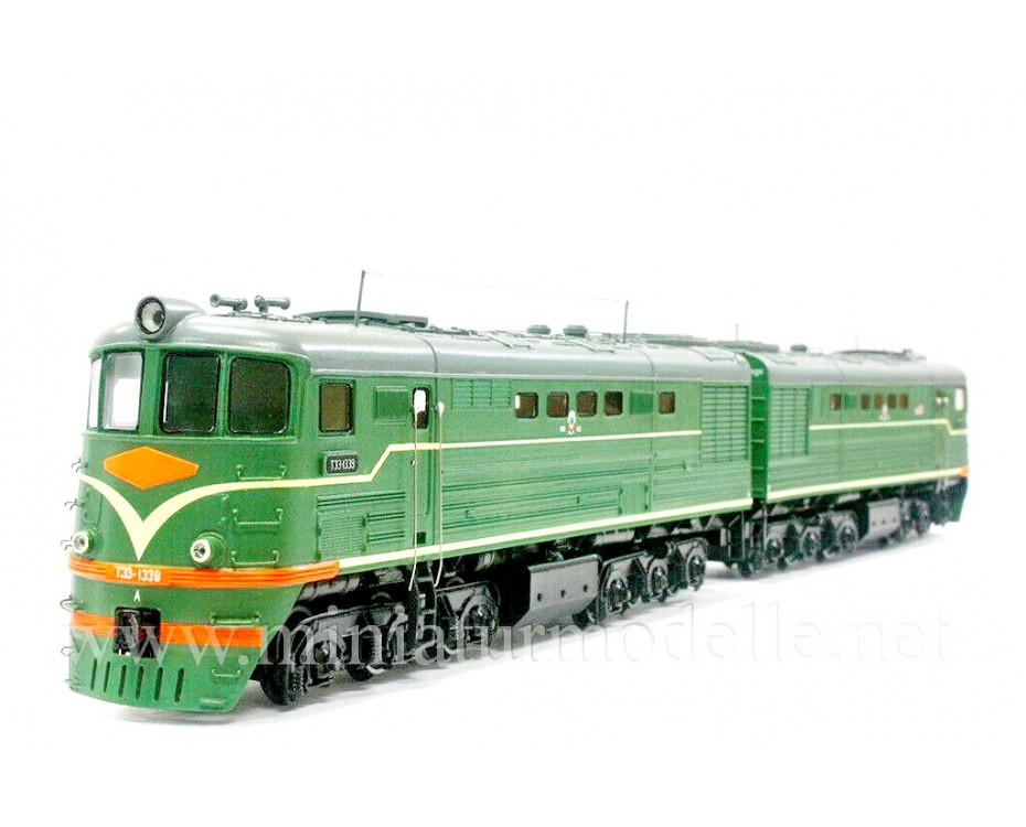 1:87 H0 TE 3 / 7 soviet two unit diesel-electric locomotive, SZD, 3-4 era, dummy small batches model kit,  REBRADO by www.miniaturmodelle.net