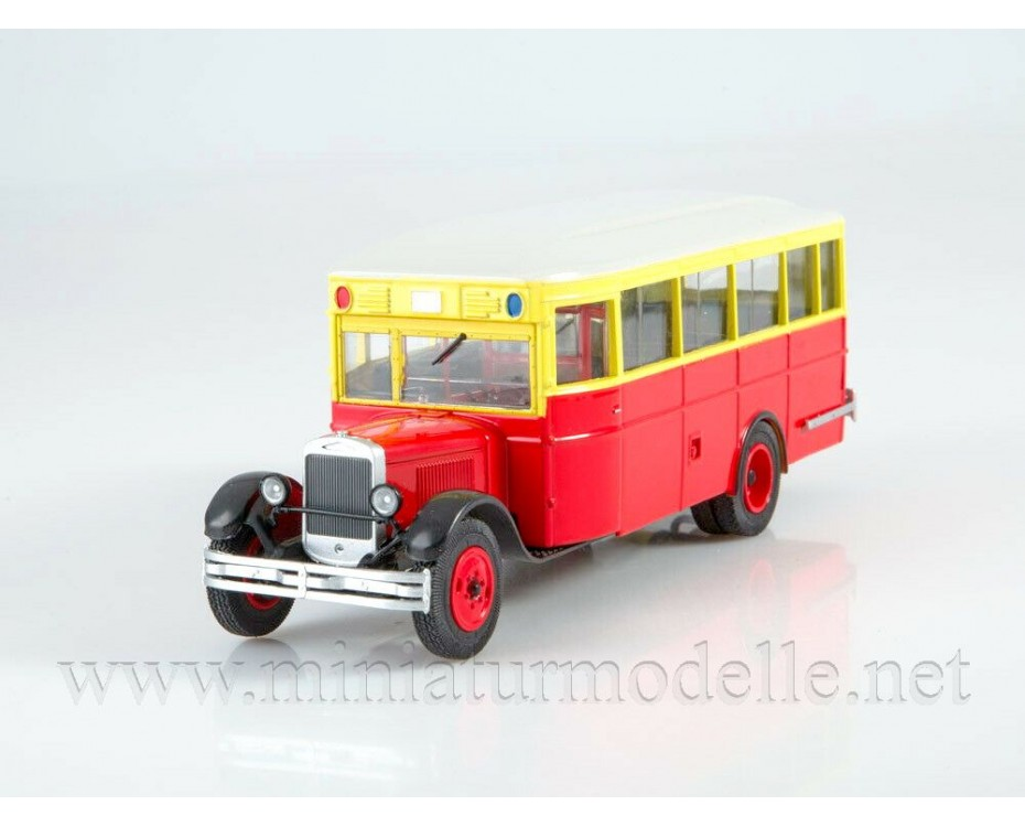 1:43 ZIS 8 bus with magazine #9,  Modimio Collections by www.miniaturmodelle.net