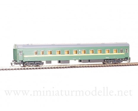 1:120 TT 2010 Long-distance sleeping car type Ammendorf of the SZD livery, era 4