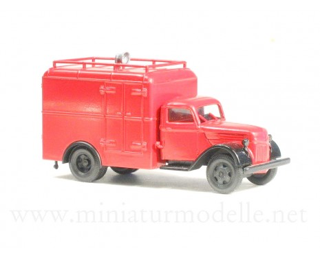 H0 1:87 Ford V 3000 closed side with loudspeaker, fire