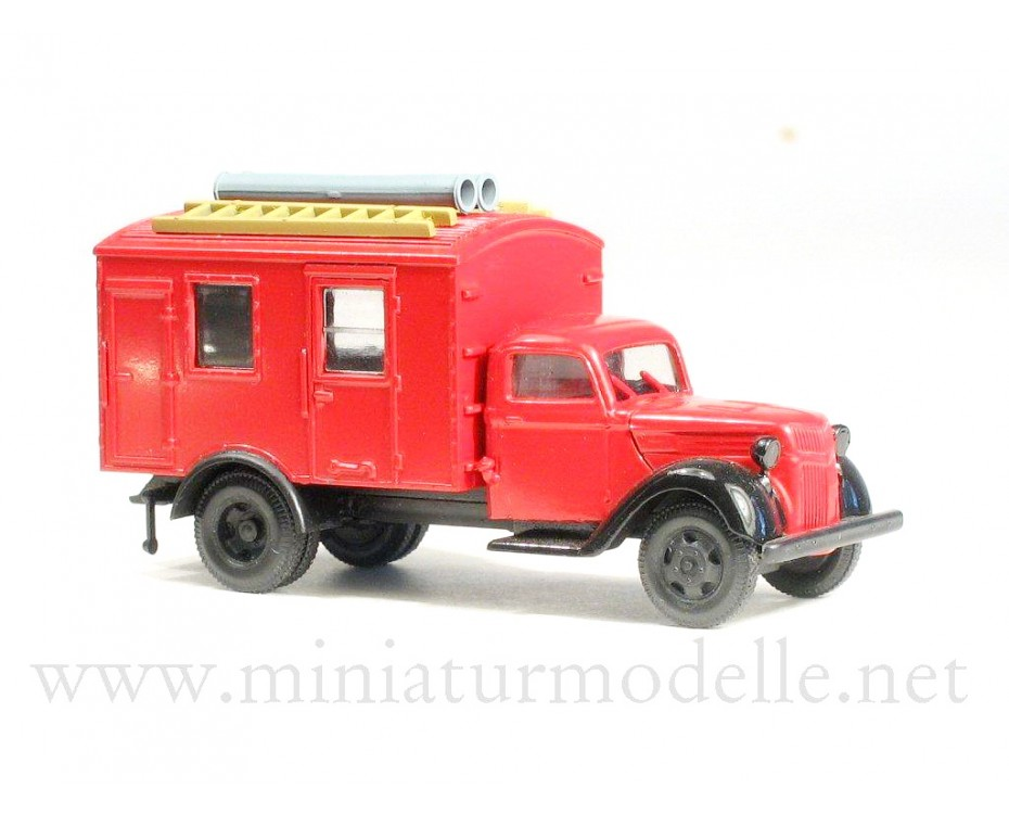 H0 1:87 Ford V 3000 closed side, fire