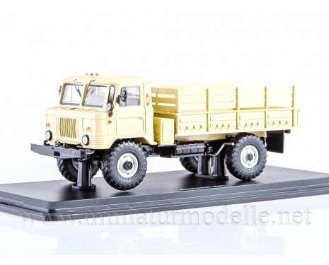 1:43 GAZ 66 high body load platform, beige military
