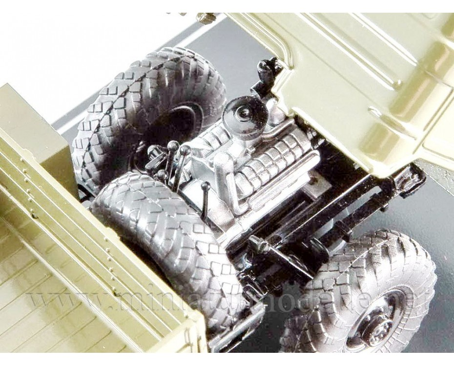 1:43 GAZ 34 high body load platform, military