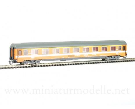 1:120 TT 7635 1. class express coach, design Eurofima with SBB CFF FSS insignia, 4 era
