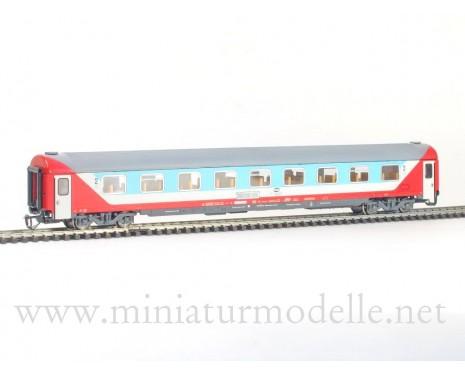 1:120 TT 7675 2. Kl. Grossraumwagen hellblau/beige/rot, PKP