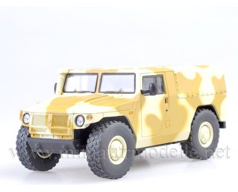 1:43 GAZ 233002 Tiger Pick-up, Tarnanstrich Militär