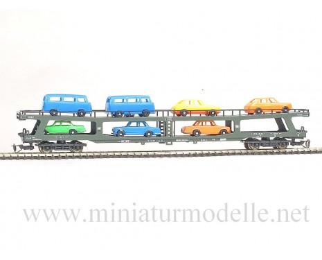 1:120 TT 9313 Autotransportwagen mit 8 Automodelle für Autoreisezüge chrom/ oxidgrün, DB