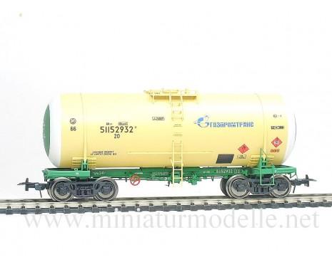 1:87 H0 Kesselwagen mod. 15-1547 GAZPROMTRANS zum Transport von Benzin der RZD, 5. Epoche, Kleinserie