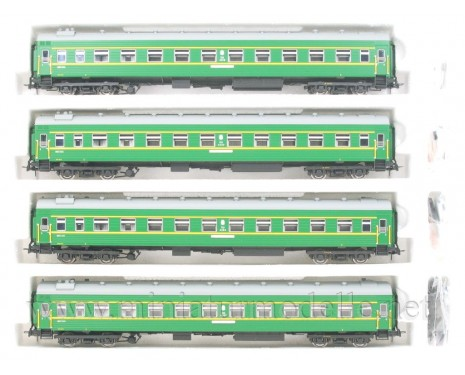 1:87 H0 0240 Express couchette coach car set 4 pcs. of the green livery, CCCP, era 4