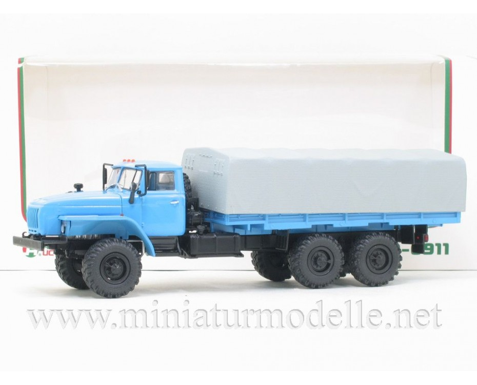 1:43 URAL 4320-0911 load platform with canvas