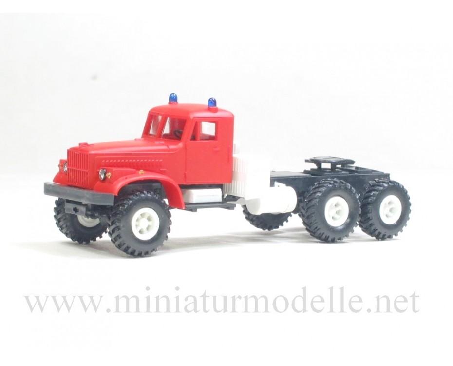 H0 1:87 KRAZ 255 B tractor, fire
