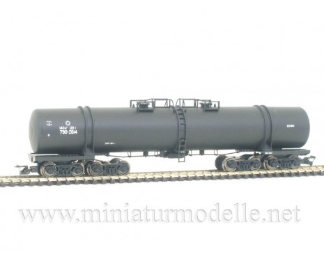1:120 TT 3750 Eight-axle tank car for petrol transport of the CCCP livery, era 4