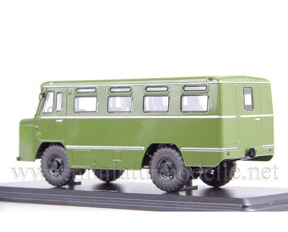 1:43 AS 38 Bus, military