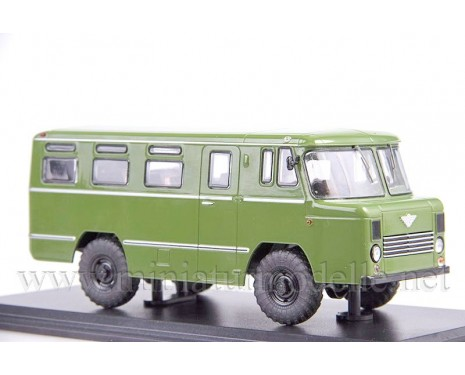 1:43 AS 38 Bus, military