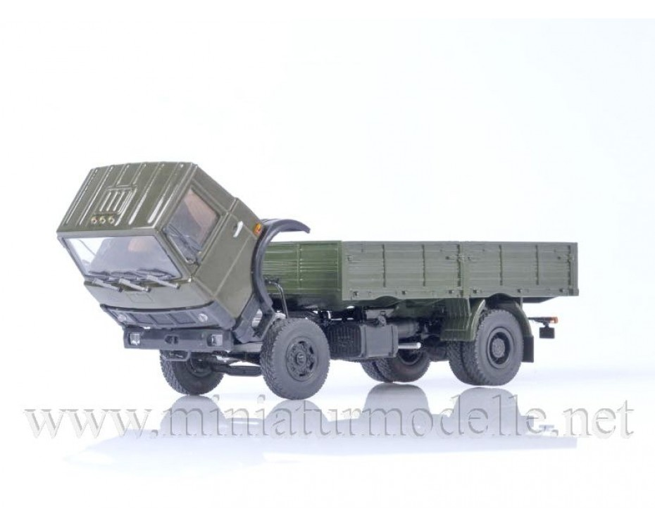 1:43 MAZ 5337 load platform (1987), military