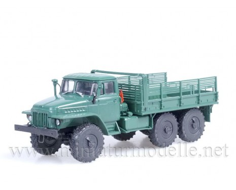 1:43 URAL 375 D high body load platform, military