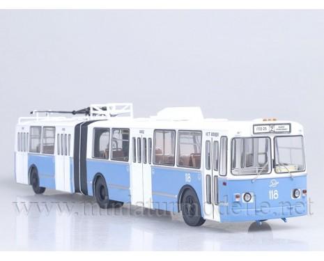 1:43 ZIU 10 Oberleitungsbus (ZIU-683)