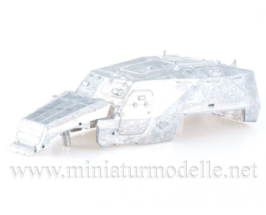 1:43 BTR 152 K armored personnel carrier, military, kit