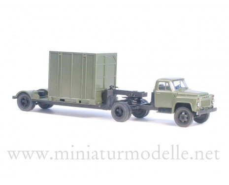 1:87 H0 GAZ 52-06 tractor with 5Т. container trailer military
