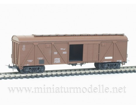 1:87 H0 263 64t. Single door wood box car, #222-3133, brown, CCCP, 4 era