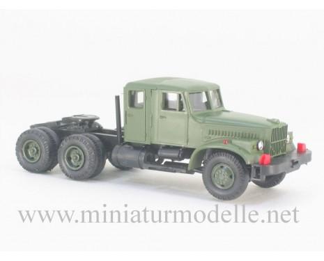 H0 1:87 KRAZ 258 Z Wussow Zugmaschine, Doppelkabine, Militär