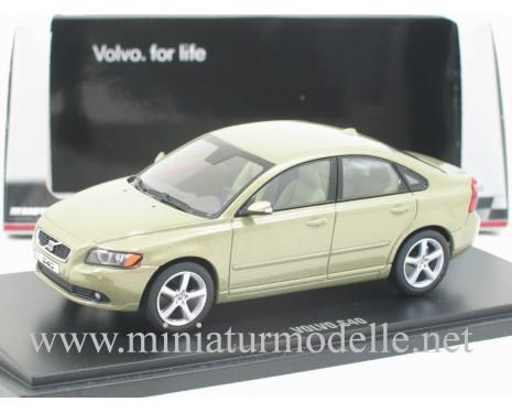 1:43 Volvo S40 2008