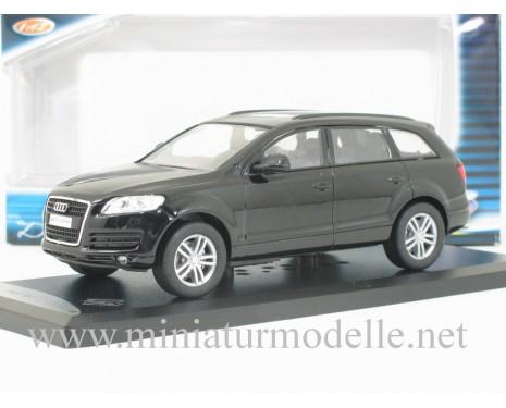 1:43 Audi Q7