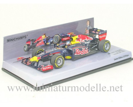 1:43 Red Bull Racing #1 S. Vettel Showcar 2012, Minichamps