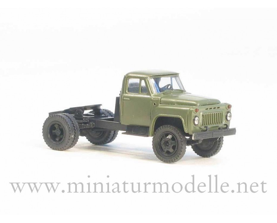 1:87 H0 GAZ 52-06 tractor military