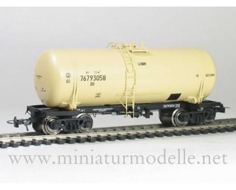 1:87 H0 Kesselwagen mod. 15-1443 zum Transport von Benzin der SZD, 4. Epoche, Kleinserien