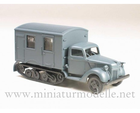 H0 1:87 Ford V 3000 Maultier closed side military